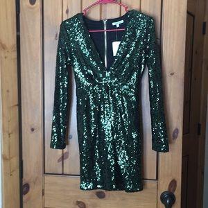 Deep v xs Charlotte Russe sequin dress green